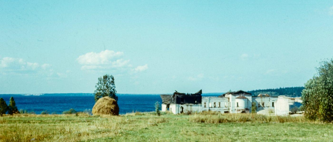 Палеостровский Рождественский монастырь на Онежском озере и «глаз бури»