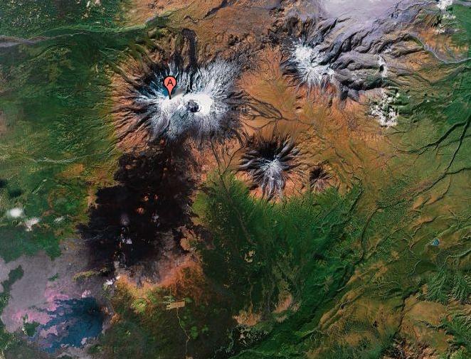 Спутниковый снимок Толбачика (Google)