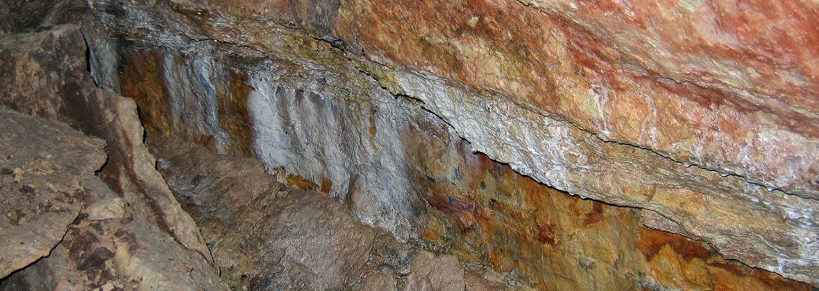 Танечкина пещера и другие пещеры Старой Ладоги