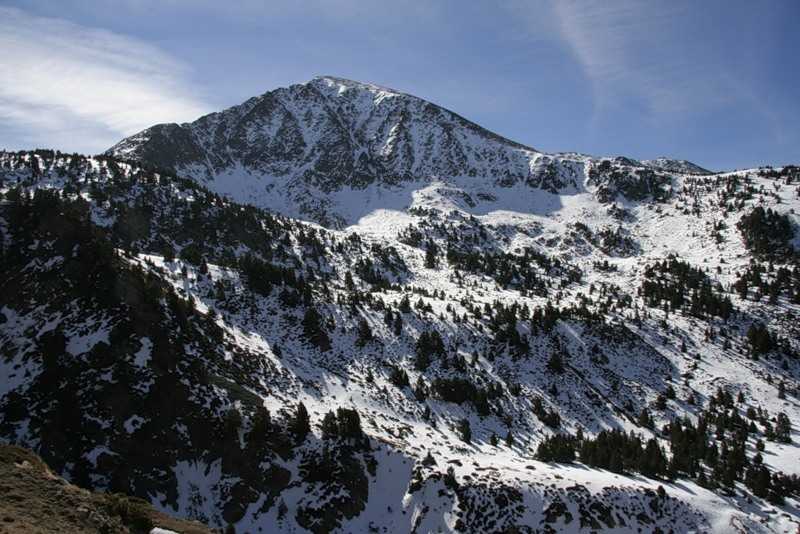 Снежные вершины в Энкампе, Андорра