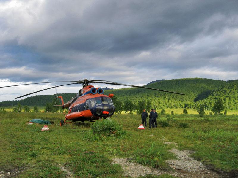 Вертолет в Налычево