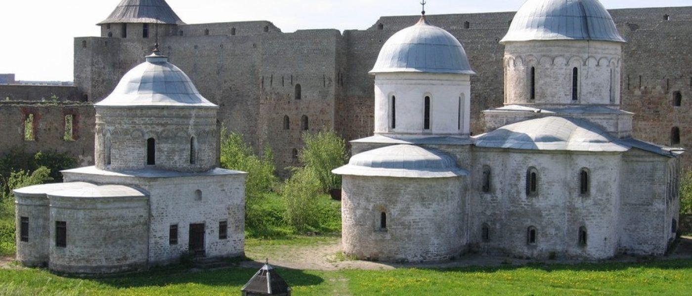 Две крепости: Ивангород и Нарва