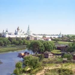 С. М. Прокудин-Горский. г. Александров. Общий вид на Успенский женский монастырь. 1911 год