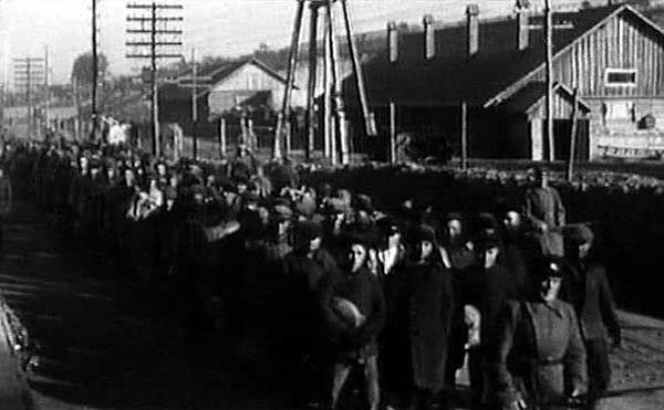 Заключенные на строительстве канала Москва-Река-Волга