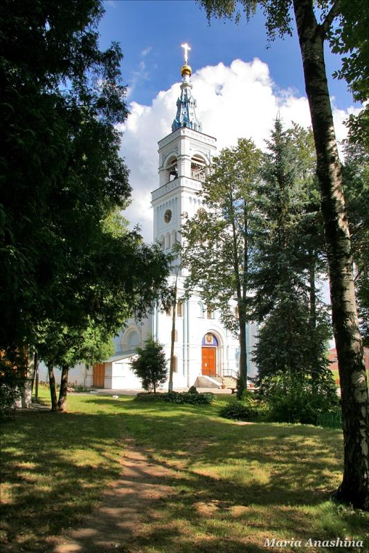 Спасо-Влахернский монастырь, колокольня собора Спаса Нерукотворного
