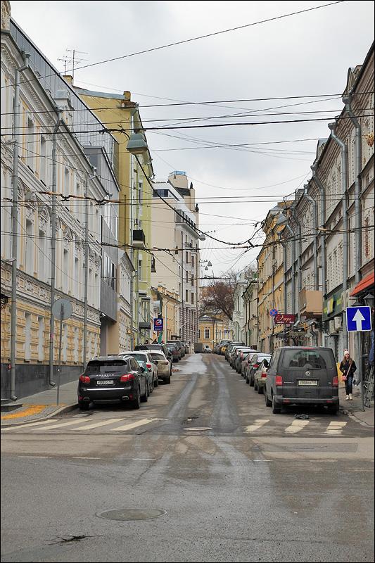 Лопухинский переулок