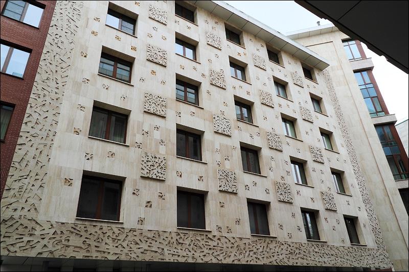1-й корпус ЖК «Новая Остоженка» 2004 года постройки