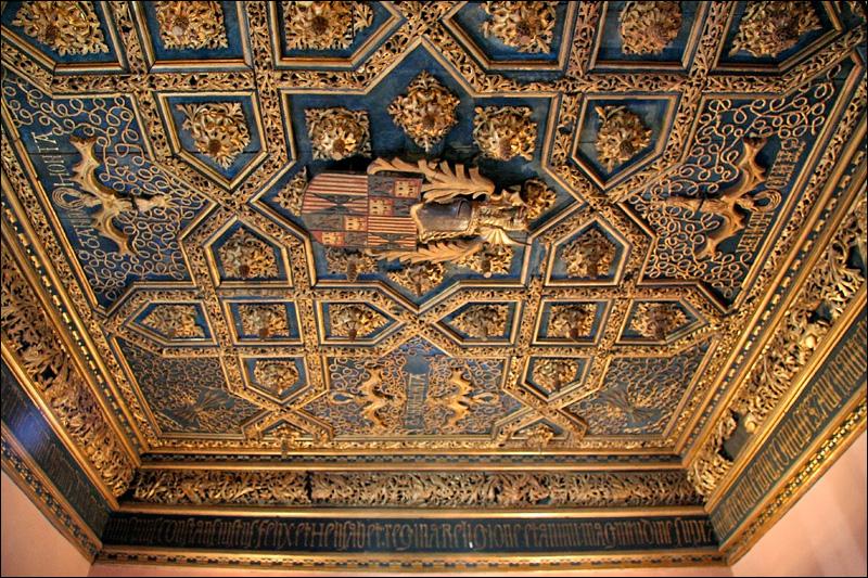 Дворец Альхаферия, покои Католических королей, потолок