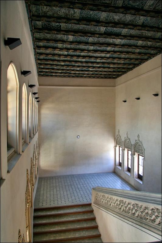 Дворец Альхаферия, лестница, Сарагоса