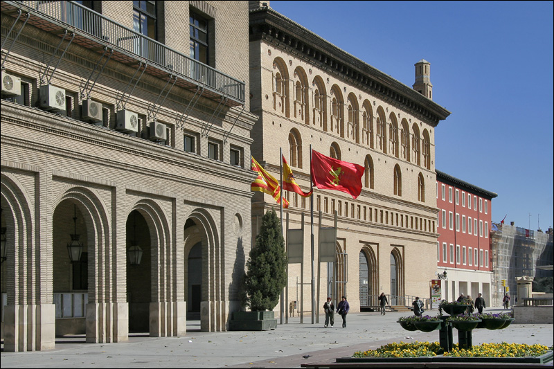 Здание Биржи, Сарагоса