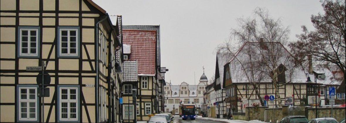Город и замок Нойхаус: там, где Падер впадает в Липпе