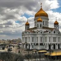 А из нашего окна… Фотографии Храма Христа Спасителя и Кремля