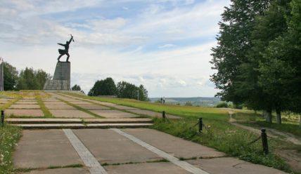 Перемиловские высоты: мемориал и храм Вознесения Господня