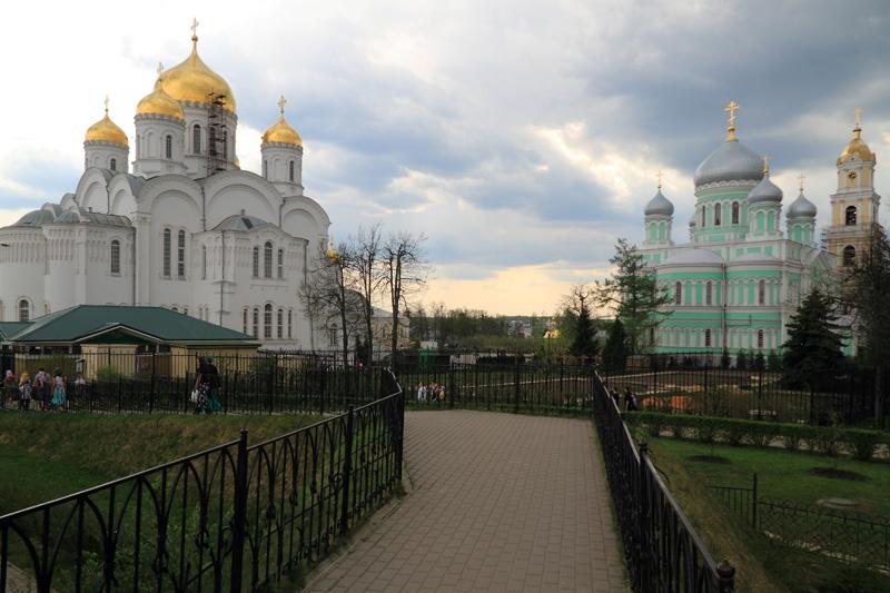 Свято-Троицкий Серафимо-Дивеевский монастырь, Спасо-Преображенский, Троицкий соборы и колокольня