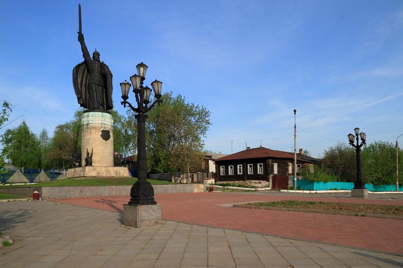 Муром, смотровая площадка и памятник Илье Муромцу