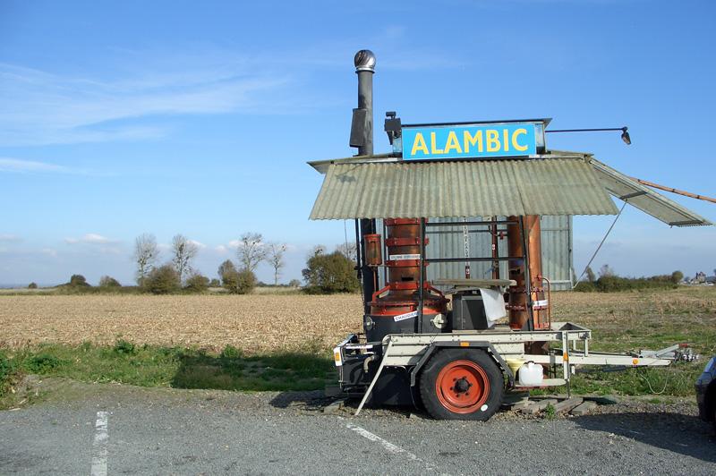 Передвижной дистиллятор для производства кальвадоса