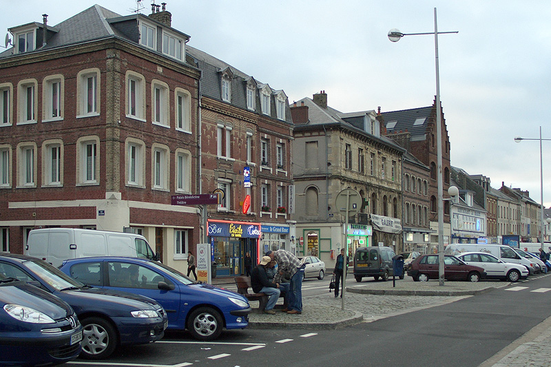 Улица в Фекане