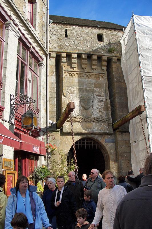 Мон-Сен-Мишель, Королевские ворота