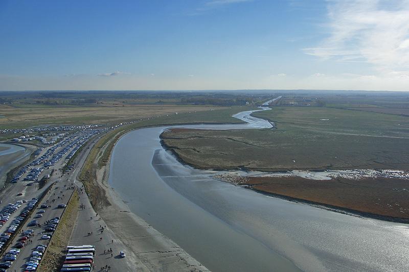Дамба и река Куэнон