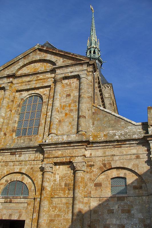 Фасад монастырской церкви, Мон-Сен-Мишель
