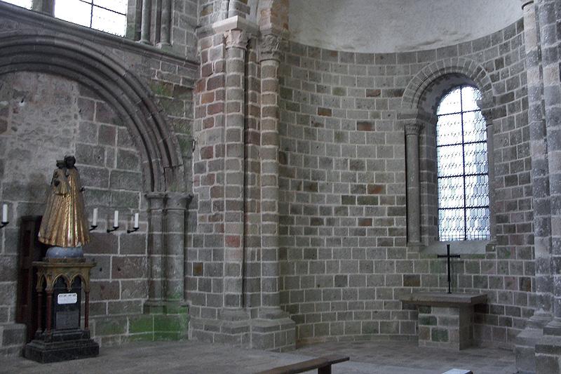 Мон-Сен-Мишель, монастырская церковь