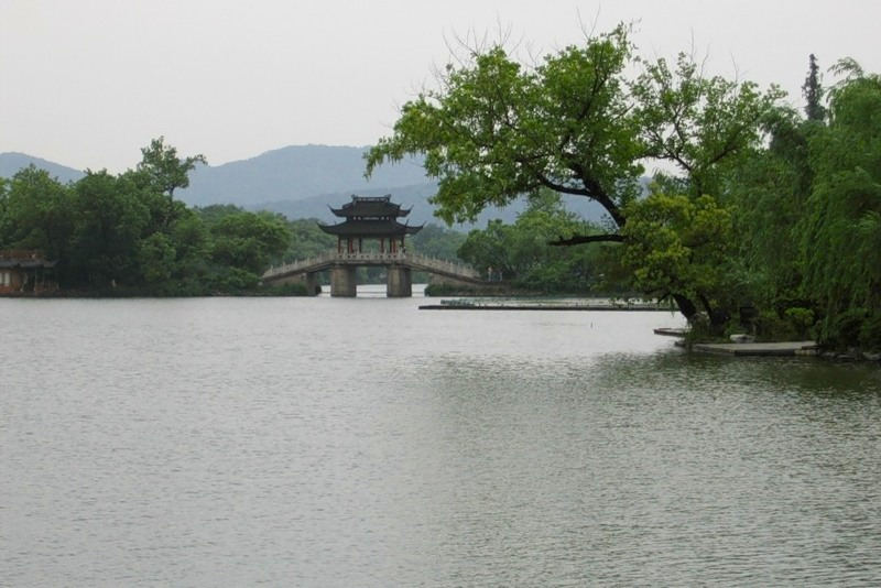 озеро Сиху, Ханчжоу, мост
