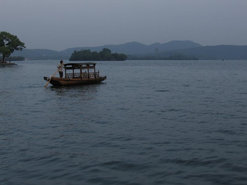 озеро Сиху, Ханчжоу, вечер