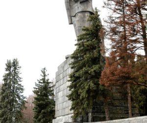Дубна, канал имени Москвы, Ленин