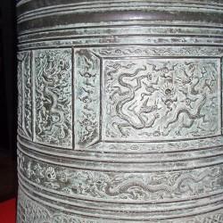 Изображения драконов на колоколе, Музей Большого Колокола, Пекин