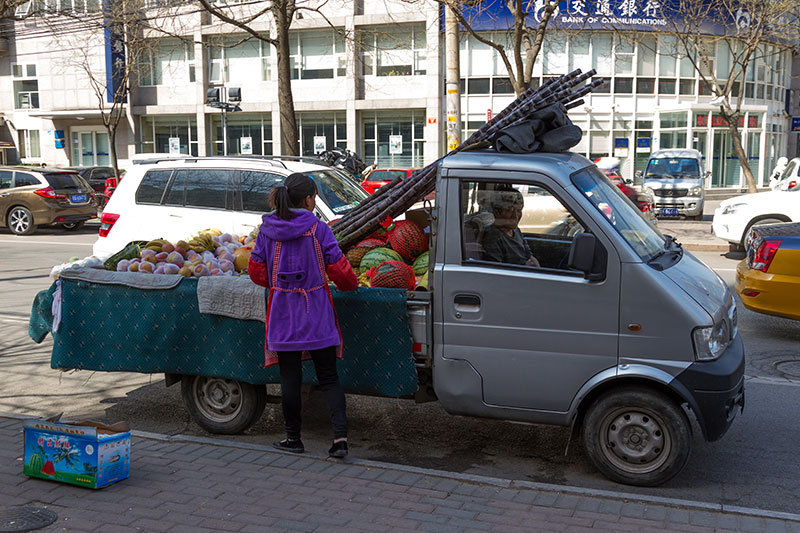 Пекин, торговля фруктами