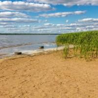 Лето 2014 на Иваньковском водохранилище: ждем воды