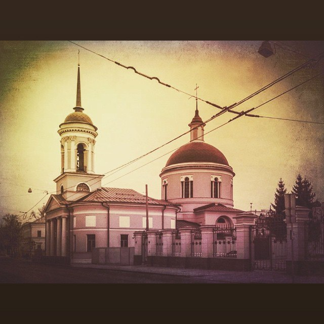 Храм Иверской иконы Божьей Матери на Всполье