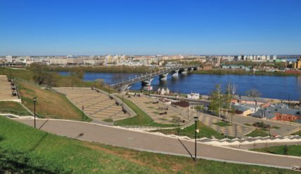 Откос на набережной Федоровского и Волжский откос
