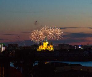 Салют в Нижнем Новгороде