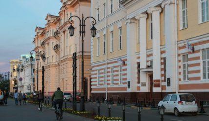 Верхневолжская набережная в Нижнем Новгороде на закате