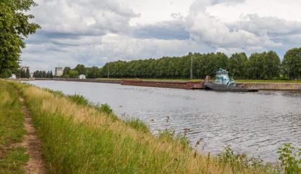 Иваньковская ГЭС, памятник Ленину и канал имени Москвы в Дубне
