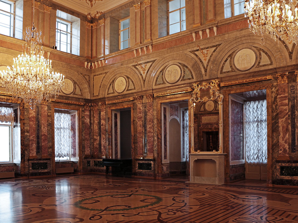 Мраморный дворец выставка