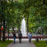 Сад Блонье в Смоленске, кафе «Русский двор» и достопримечательности рядом