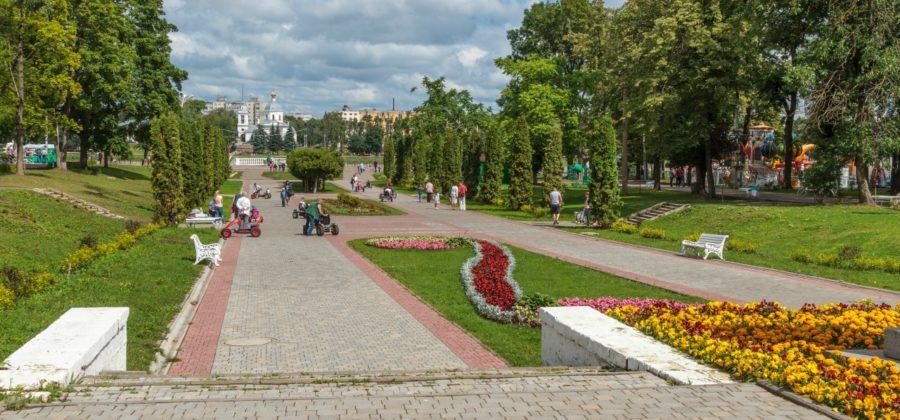 Городской сад в Твери, набережная Михаила Ярославича и Волга