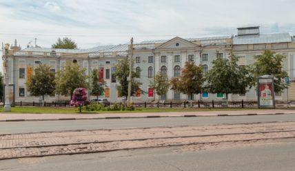 Площадь Ленина в Твери: идеальный восьмиугольник