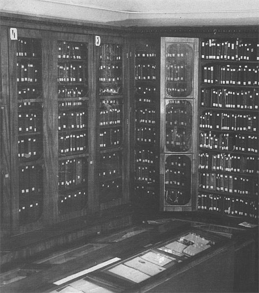 Шкафы в хранилище с рукописными книгами из собрания Н.П.Румянцева, Румянцевский музей