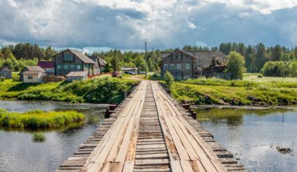 Деревня Пяльма и поселок Пяльма на Онежском озере: музей под открытым небом