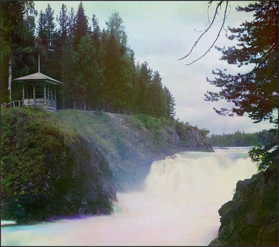 Беседка у водопада Кивач, фото С.Прокудина-Горского