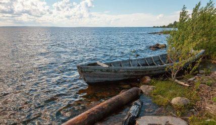 Поселок Пяльма на Онежском озере