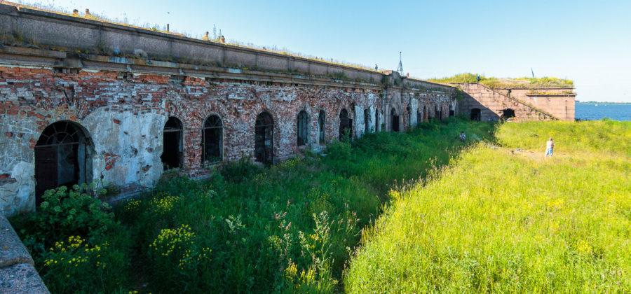 Форт «Граф Милютин» в Кронштадте: история и вооружение