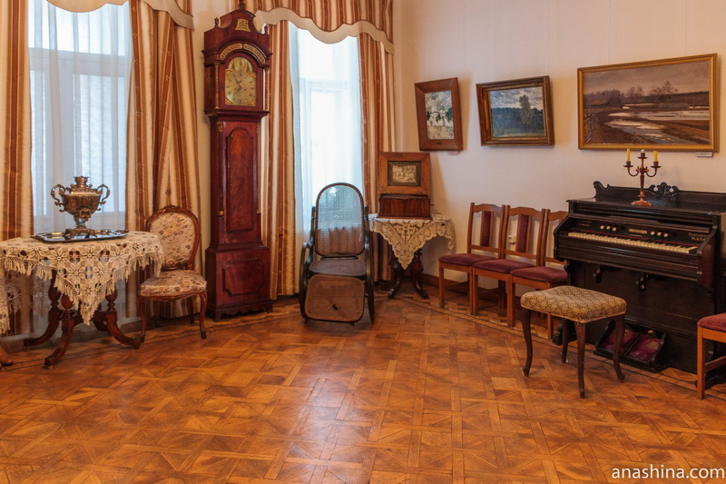 Один из залов Галичского краеведческого музея