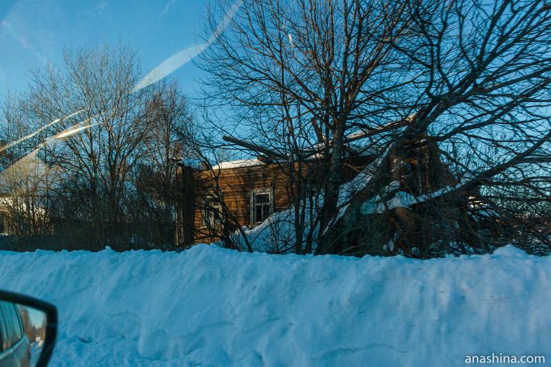 Руины дома, Костромская область