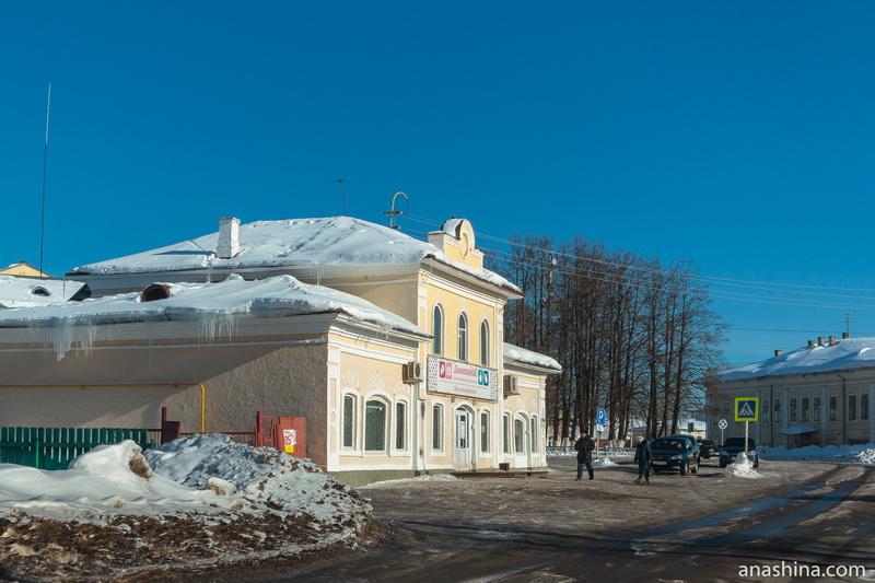 Бывший дом купцов Мишуринских с лавками, Тотьма