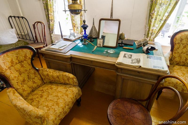 Письменный стол Циолковского, дом Циолковского, Калуга