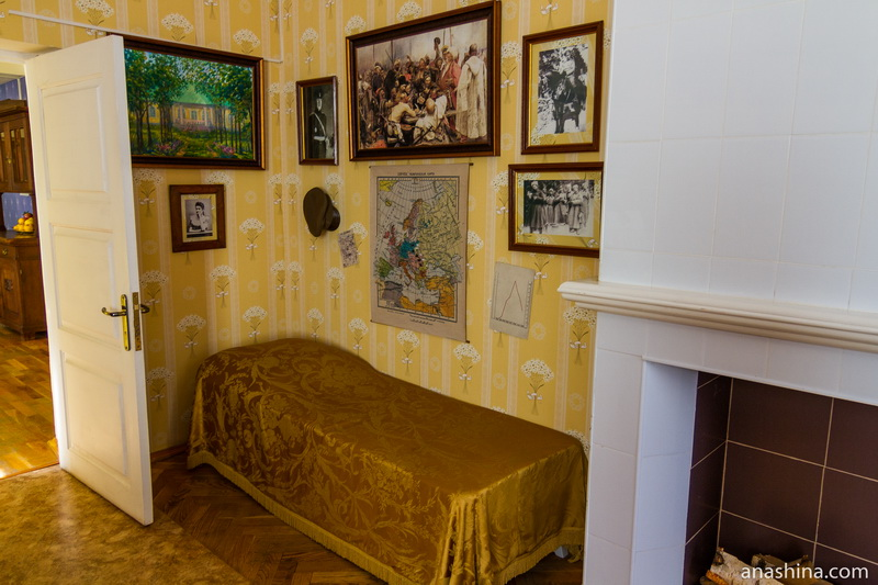 Комната-кабинет, дом-музей Чижевского, Калуга